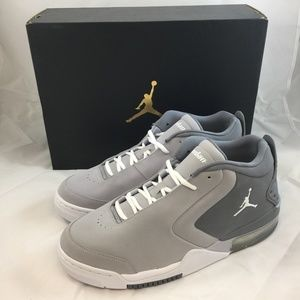 Air Jordan Big Fund Basketball Shoes - Grey
